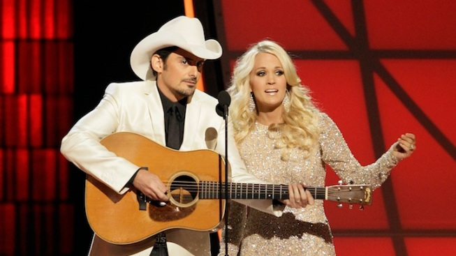 Carrie Underwood and Brad Paisley Returning to Host 2013 CMA Awards