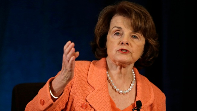 Feinstein Calls for San Diego Mayor's Resignation
