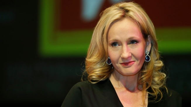 J.K Rowling to Pen New Magic Movie for Warner Bros.