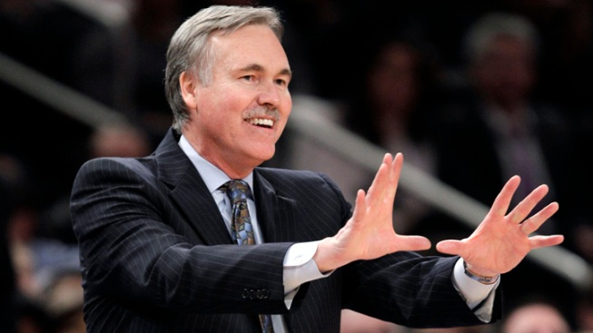 Lakers Hire Mike D'Antoni as New Coach