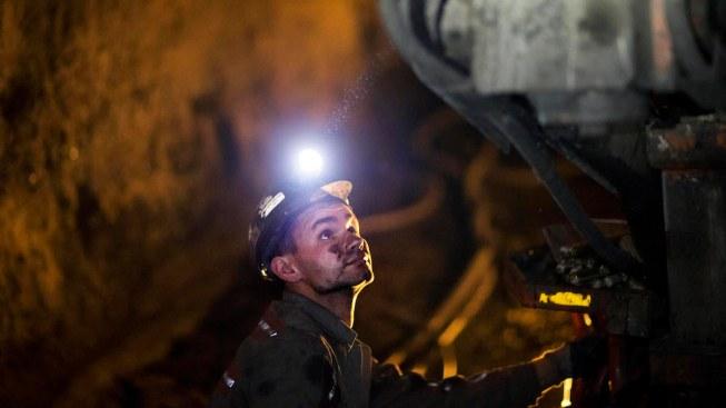 Obama Administration Halts New Coal Leases on Federal Lands