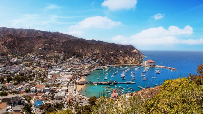 Fa, La, Island Getaway: The 12 Days of Catalina