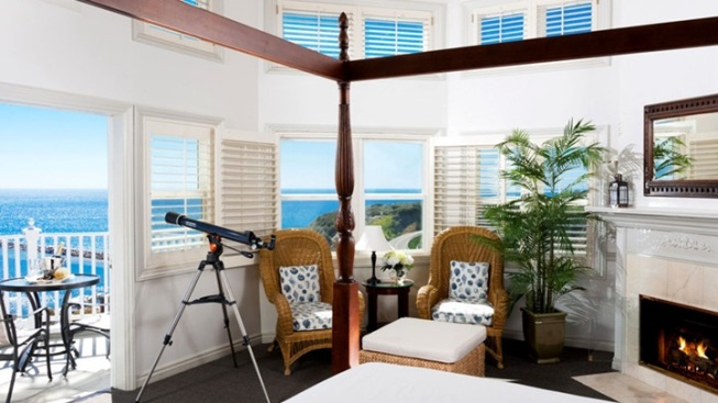 Blue Lantern Getaway: Suite Bliss Package