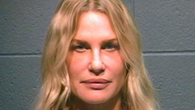 Daryl Hannah Arrested in Texas Protesting Pipeline