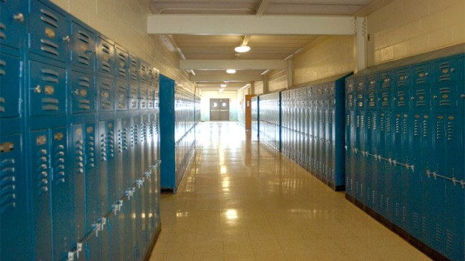"""NJ School Makes """"No Cursing"""" Rule, But Just for Girls"""