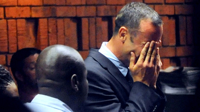 Weeping Pistorius Faces Life in Prison in Girlfriend's Shooting