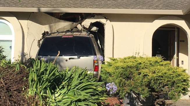 Driver Allegedly High on Meth Crashes Into Rohnert Park Home