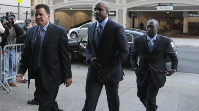 Bonds' Doctor Denies Steroids Talk