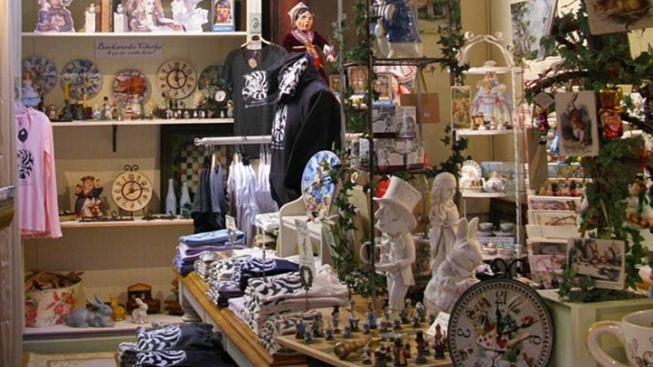 Carmel Quaint: The All Alice in Wonderland Shop