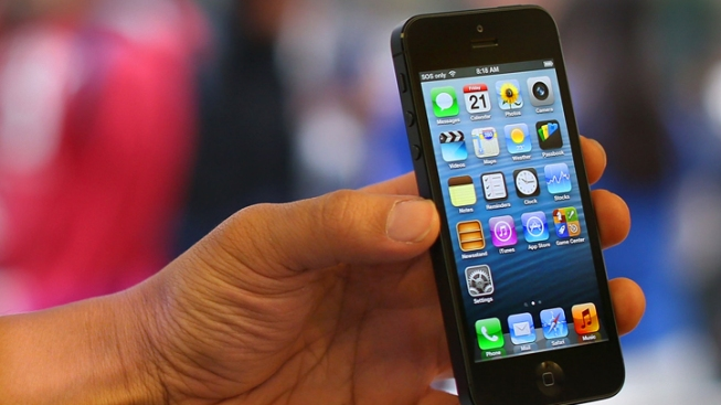Cell Phone Database Takes Aim at Smartphone Black Market