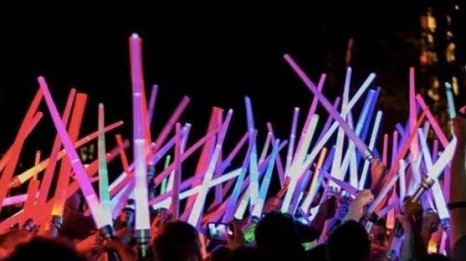 Cats in Space Lightsaber Battle Lights Up San Jose This Weekend