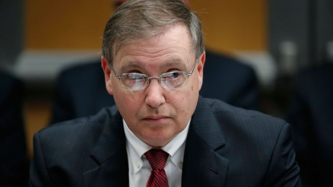 DEA administrator to step down from his post