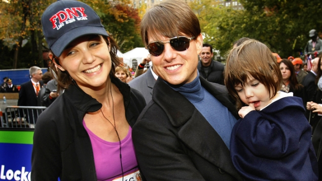Tom Cruise and Katie Holmes Divorcing