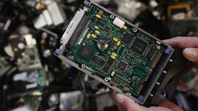 frys electronics embezzlement