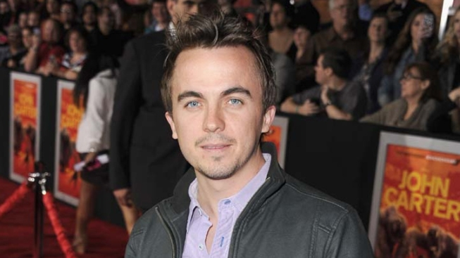 "Frankie Muniz Suffers Second ""Mini Stroke"" at the Age of 27"