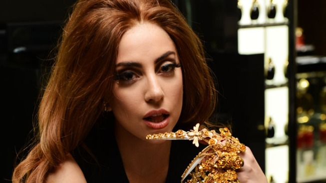 Lady Gaga Unable to Walk, Postpones Four Shows