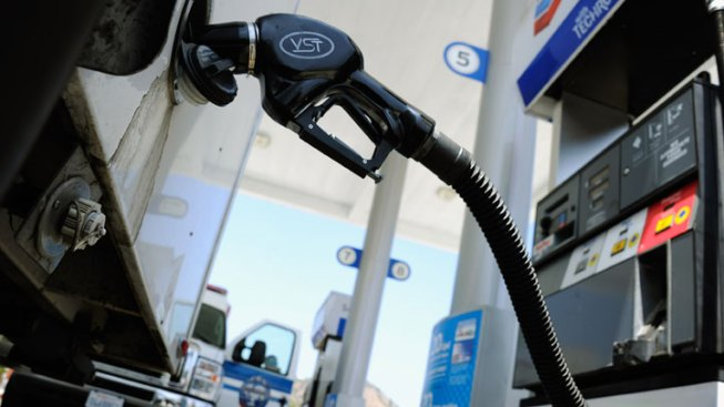 Bay Area Gas Prices Fall