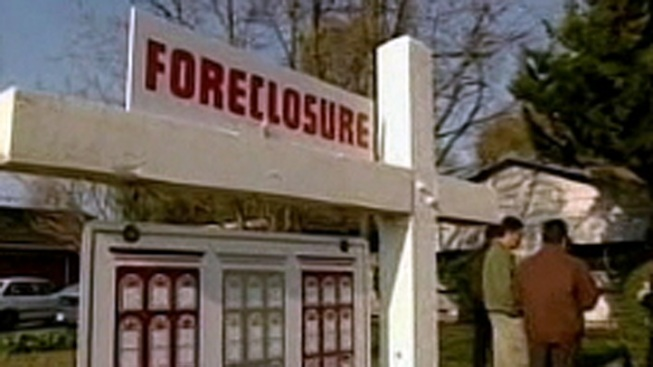 Risk of Foreclosure Looms Over 700,000 Californians