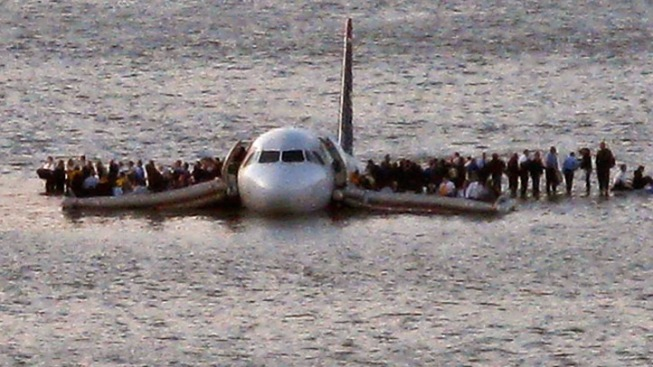 "Sully's ""Miracle on the Hudson"" Plane on the Move"