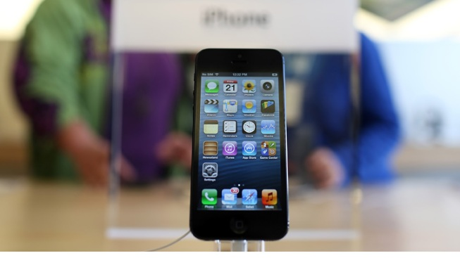 In China, Apple Sells 2 Million iPhone 5s in 3 Days