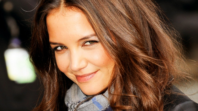 Katie Holmes to Return to TV With New ABC Drama Pilot