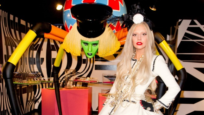 Lady Gaga Taps Her Inner Wonka For Holiday Workshop