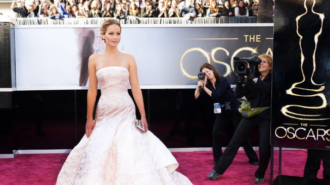 Oscars Red Carpet: Beyond the Pale