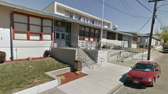 2 Oakland Schools Vote to Become Charters