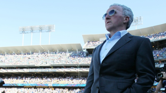 Frank McCourt Agrees to Sell, Fans Look Ahead to Change