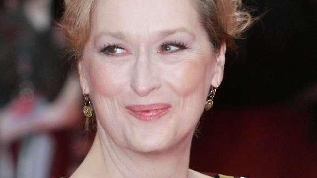 Meryl Streep Explains Globes Cursing