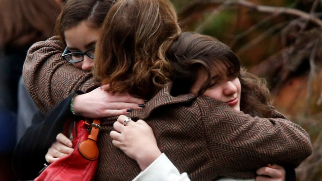 Vigil in Burlingame to Remember Sandy Elementary Victims