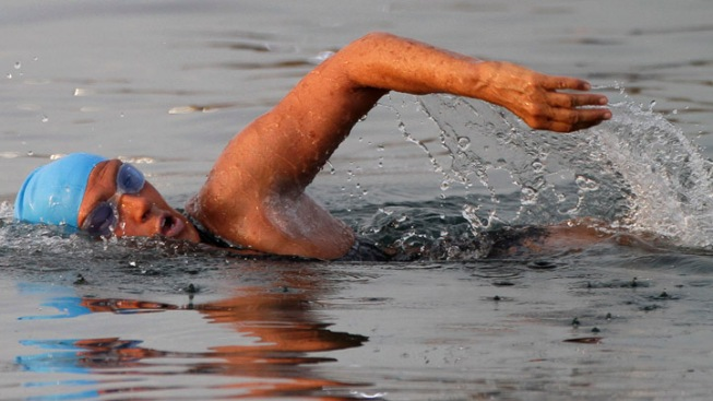Woman, 61, Attempts 102-Mile Swim from Cuba to Keys