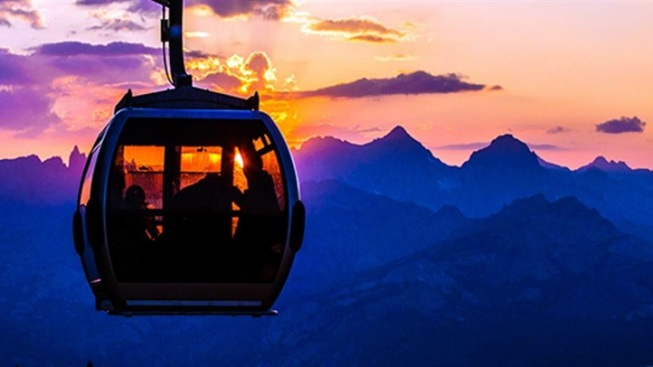 Sunset Stunner: Sierra Gondola Night