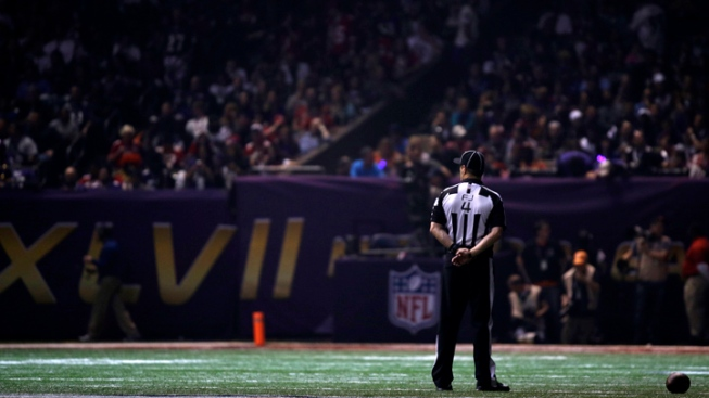 Super Bowl Outage Traced to Faulty Device Blackout
