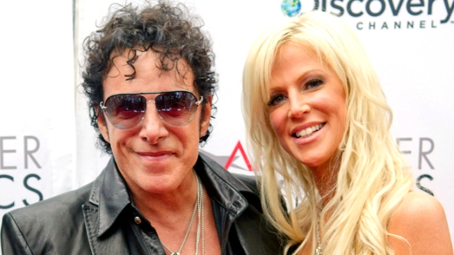 Neal Schon, Michaele Salahi to Marry in Pay-Per-View Wedding Broadcast from San Francisco