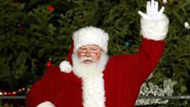 Where Is Santa? Track Him With NORAD Santa Tracker