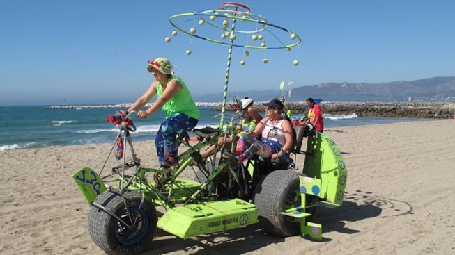 Kinetic Whimsy Machines Roll in Ventura