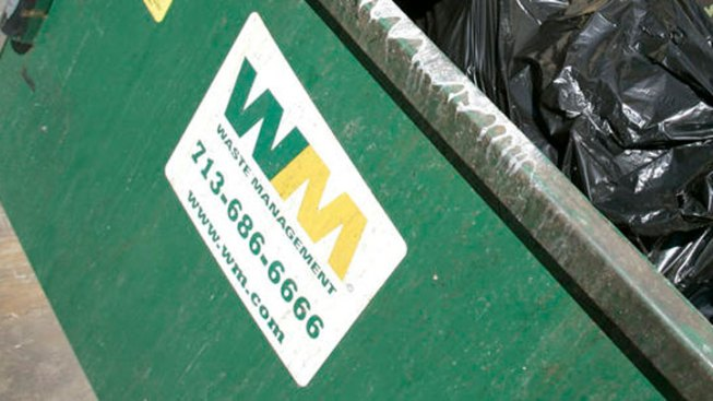 Waste Management Strike Over 'Mistreatment' of Immigrants Lasts Five Hours