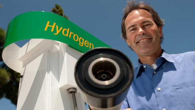 Second Try For Calif. Hydrogen Highway