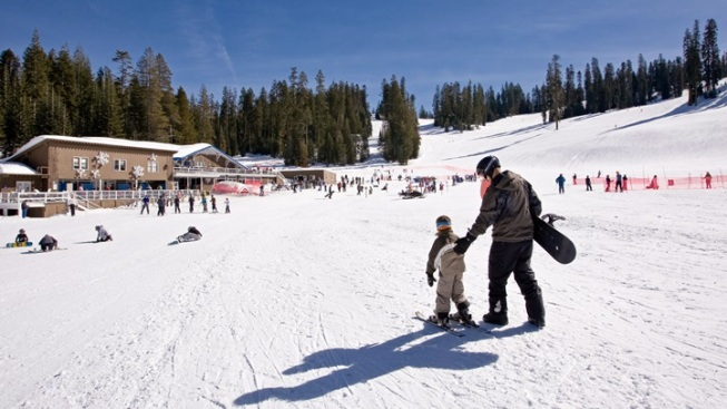 Yosemite Skiing: Season Pass Deal