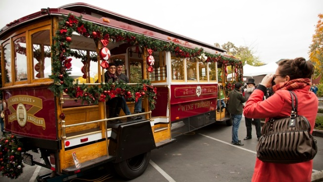 Twinkle Twinkle: Yountville's Holidays Rev Up