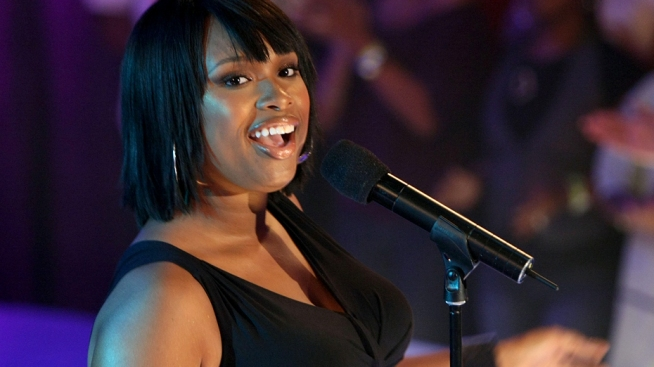 Jennifer Hudson Continues Come Back Tour in Bay Area