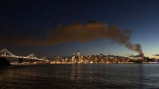 Fire Rips Through North Beach Building Pumps Smoke Over Sf