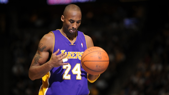 Kobe Is a Great and Terrible Teammate