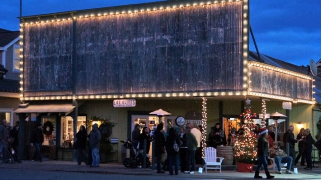Join an Olde-Fashioned Christmas in Los Olivos