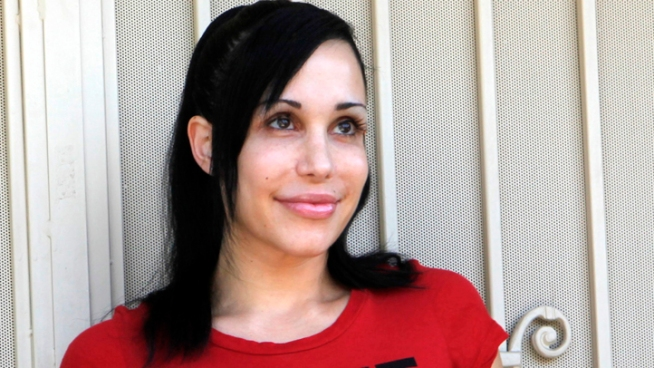 "Police Investigate Threatening Note in ""Octomom's"" Van"