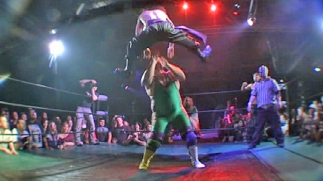Robert Wellington explains Hoodslam, which is pro-wrestling without the fake out. It's pure entertainment.