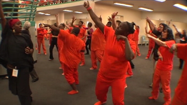 Joe Rosato Jr. reports why inmates around the Bay Area were busting a move behind bars this Valentine's Day.