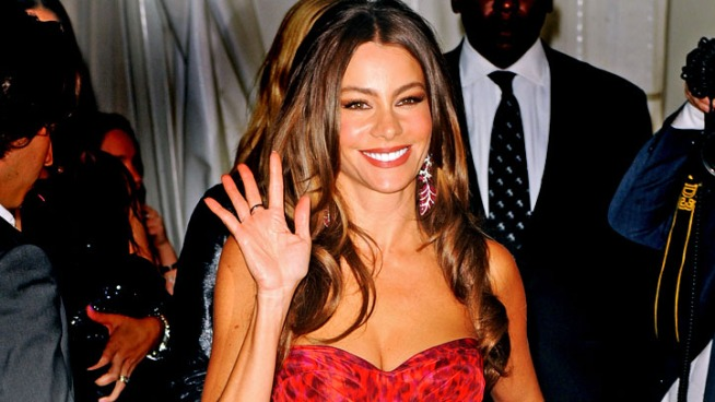 "Sofia Vergara Excited to Host ""SNL"""