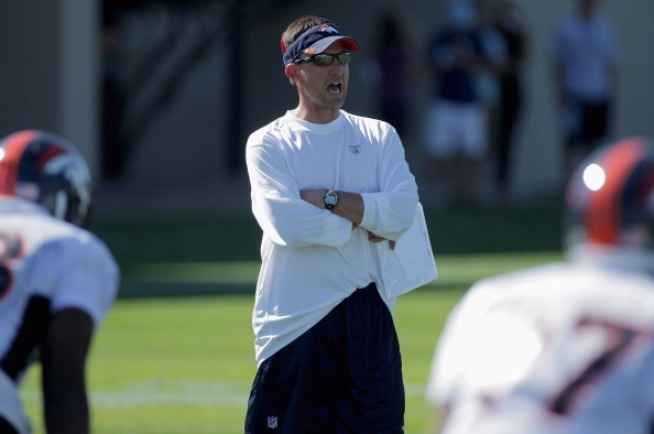 Oakland Raiders Finalizing Contract With Dennis Allen